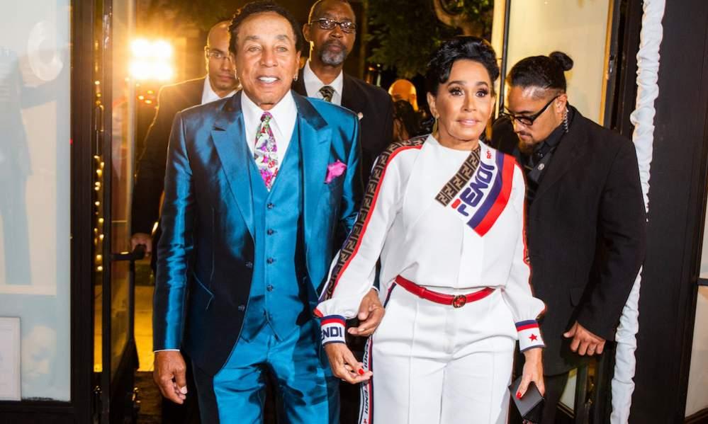 Name:  Smokey-Robinson-Motown-Hitsville-Premiere.jpg Views: 221 Size:  68.9 KB
