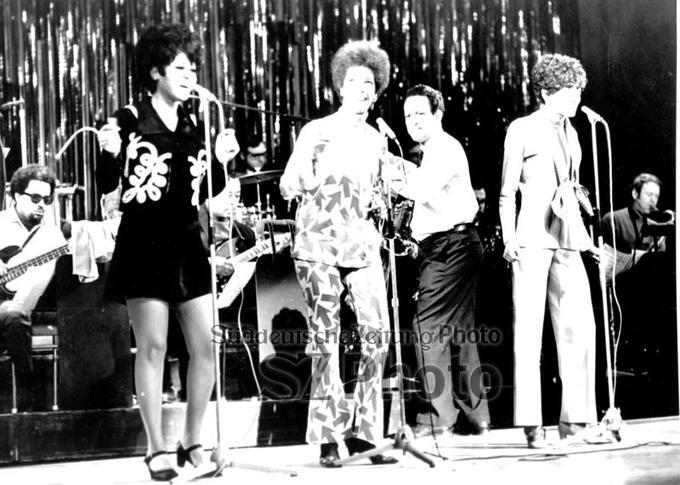 Name:  Rehearsal for the Royal Variety Performance - Nov 18 1968 - 2.jpg Views: 592 Size:  65.9 KB