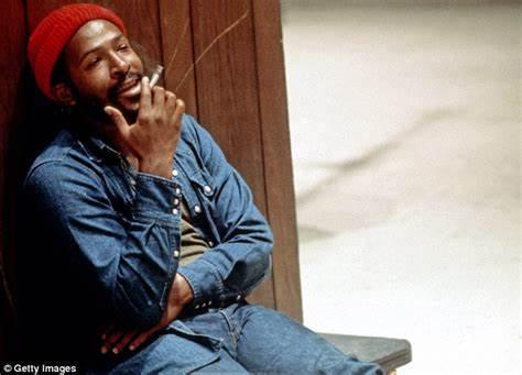Name:  Marvin Gaye Smoking.jpg Views: 284 Size:  21.1 KB